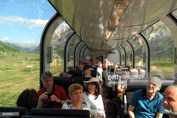StartBahnhof Pontresina Fahrt mit Original BerninaExpressBlick aus dem Zug auf dem MorteratschGletscher