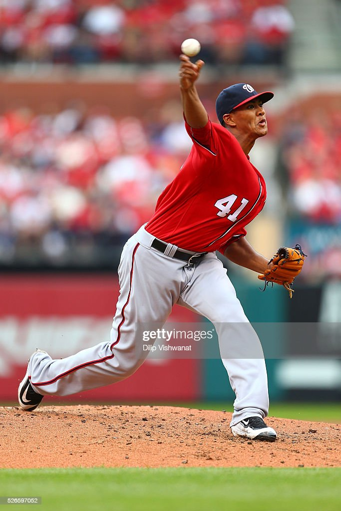 Starter <a gi-track='captionPersonalityLinkClicked' href=/galleries/search?phrase=Joe+Ross+-+Baseball+Player&family=editorial&specificpeople=15050029 ng-click='$event.stopPropagation()'>Joe Ross</a> #41 of the Washington Nationals pitches against the St. Louis Cardinals in the second inning at Busch Stadium on April 30, 2016 in St. Louis, Missouri.