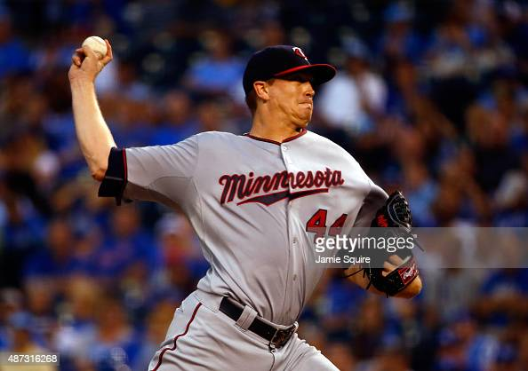 Starter Kyle Gibson of the Minnesota Twins pitches during the 1st inning of the game against the Kansas City Royals at Kauffman Stadium on September...