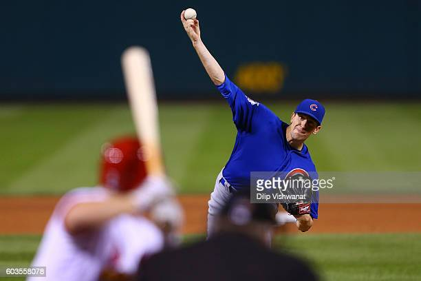 Starter Kyle Hendricks of the Chicago Cubs pitches against the St Louis Cardinals in the eighth inning at Busch Stadium on September 12 2016 in St...