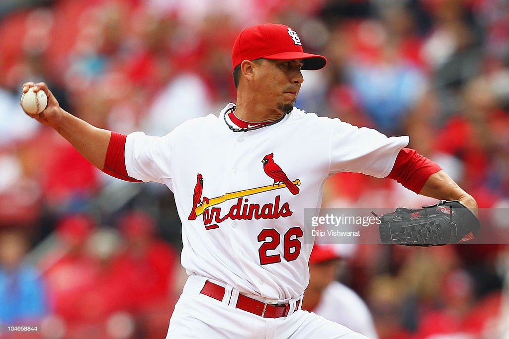 Starter <a gi-track='captionPersonalityLinkClicked' href=/galleries/search?phrase=Kyle+Lohse&family=editorial&specificpeople=218037 ng-click='$event.stopPropagation()'>Kyle Lohse</a> #26 of the St. Louis Cardinals pitches against the Colorado Rockies at Busch Stadium on October 2, 2010 in St. Louis, Missouri. The Cardinals beat the Rockies 1-0 in 11 innings.