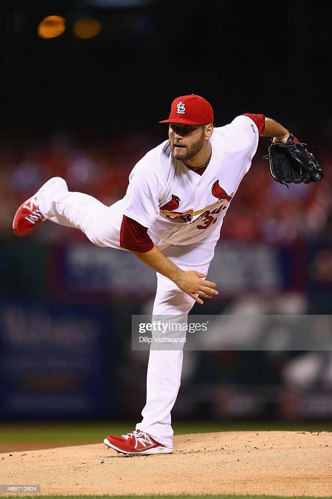 Starter Lance Lynn of the St Louis Cardinals pitches against the Cincinnati Reds in the first inning at Busch Stadium on September 23 2015 in St...