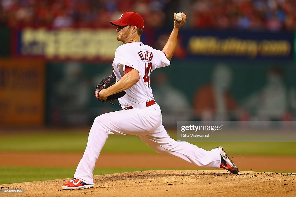 Starter <a gi-track='captionPersonalityLinkClicked' href=/galleries/search?phrase=Shelby+Miller&family=editorial&specificpeople=4761626 ng-click='$event.stopPropagation()'>Shelby Miller</a> #40 of the St. Louis Cardinals pitches against the Chicago Cubs in the first inning at Busch Stadium on August 29, 2014 in St. Louis, Missouri.