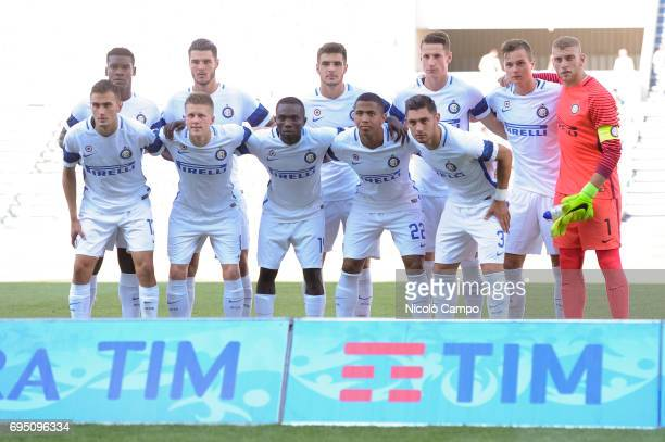 Starting eleven of FC Internazionale pose for a team photo prior to the Primavera TIM final between ACF Fiorentina and FC Internazionale FC...