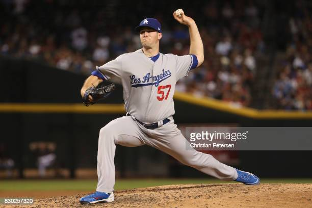 Starting pitcher Alex Wood of the Los Angeles Dodgers pitches against the Arizona Diamondbacks during the MLB game at Chase Field on August 9 2017 in...