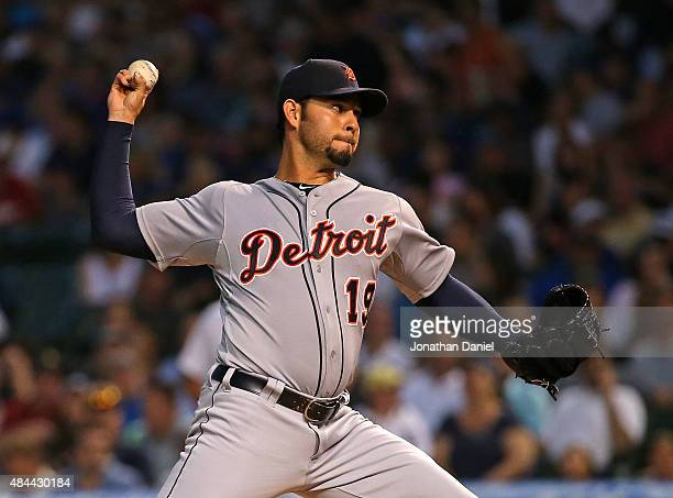 Starting pitcher Anibal Sanchez of the Detroit Tigers delivers the ball against the Chicago Cubs at Wrigley Field on August 18 2015 in Chicago...