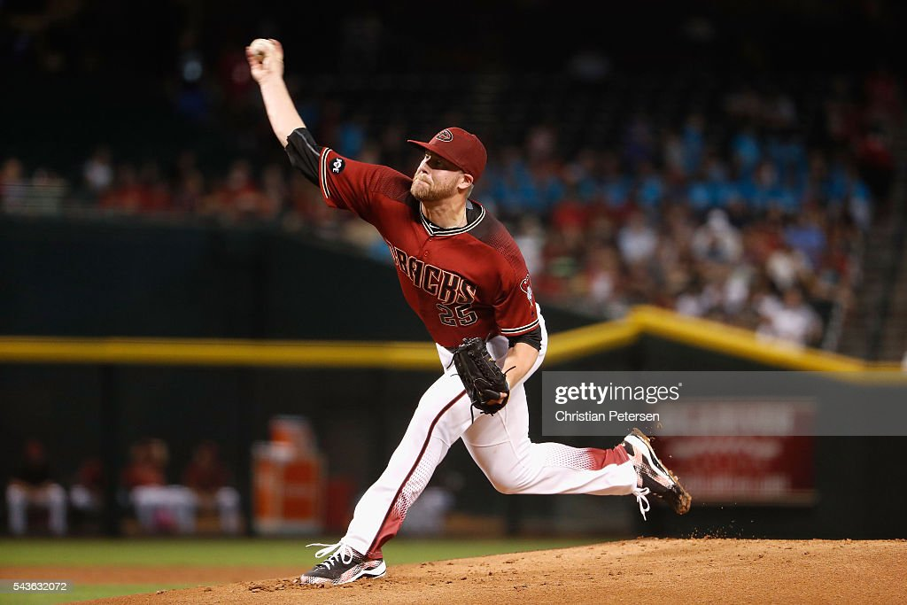 Starting pitcher <a gi-track='captionPersonalityLinkClicked' href=/galleries/search?phrase=Archie+Bradley&family=editorial&specificpeople=7882386 ng-click='$event.stopPropagation()'>Archie Bradley</a> #25 of the Arizona Diamondbacks pitches against the Philadelphia Phillies during the first inning of the MLB game at Chase Field on June 29, 2016 in Phoenix, Arizona.