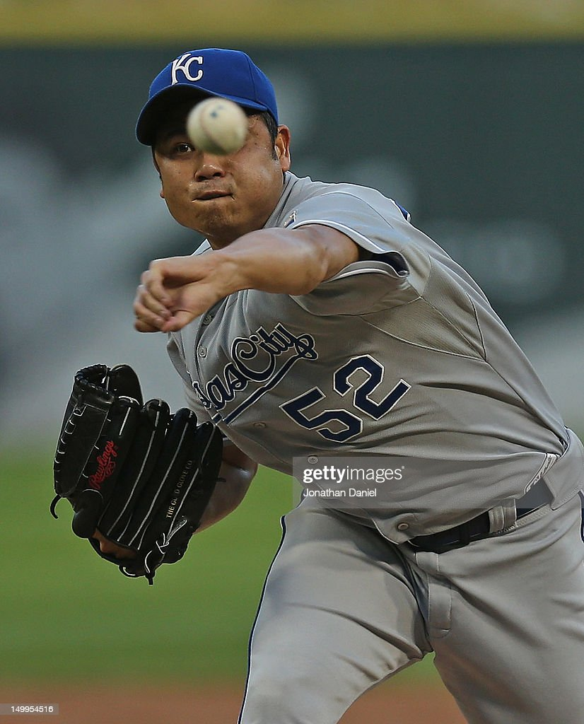 Starting pitcher <a gi-track='captionPersonalityLinkClicked' href=/galleries/search?phrase=Bruce+Chen&family=editorial&specificpeople=213886 ng-click='$event.stopPropagation()'>Bruce Chen</a> #52 of the Kansas City Royals delivers the ball against the Chicago White Sox at U.S. Cellular Field on August 7, 2012 in Chicago, Illinois.