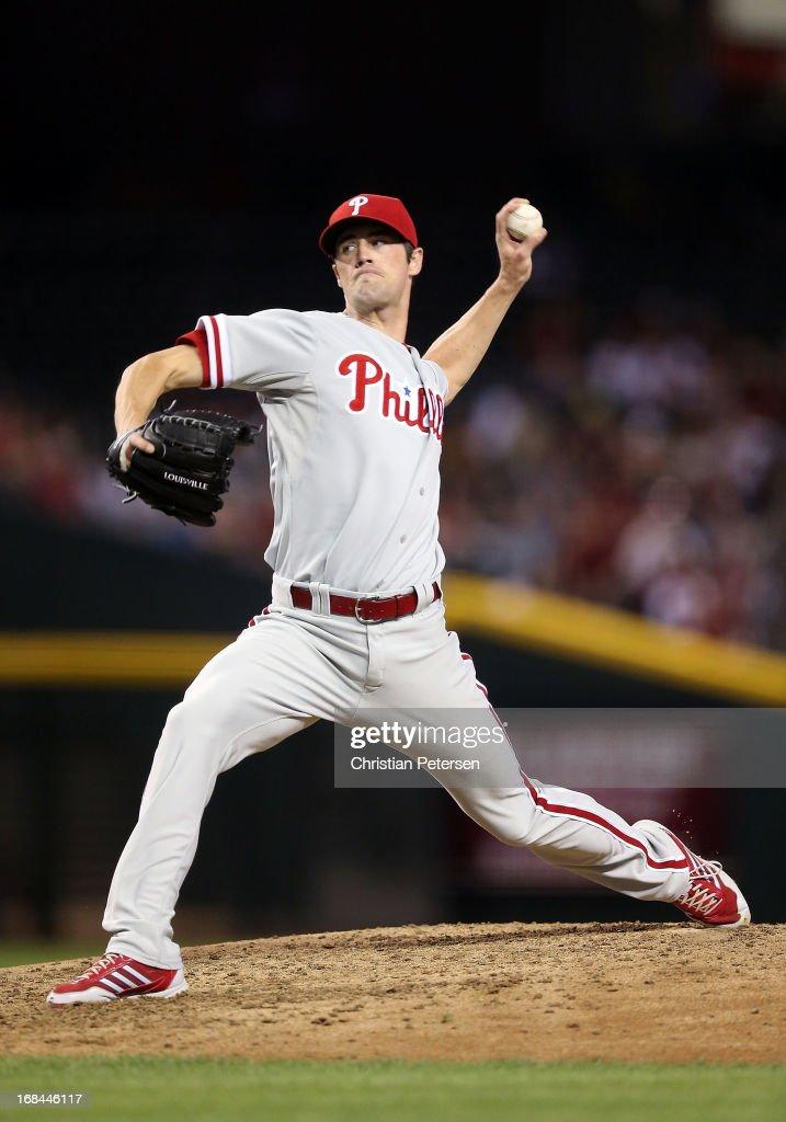 Starting pitcher <a gi-track='captionPersonalityLinkClicked' href=/galleries/search?phrase=Cole+Hamels&family=editorial&specificpeople=565675 ng-click='$event.stopPropagation()'>Cole Hamels</a> #35 of the Philadelphia Phillies pitches against the Arizona Diamondbacks during the MLB game at Chase Field on May 9, 2013 in Phoenix, Arizona.
