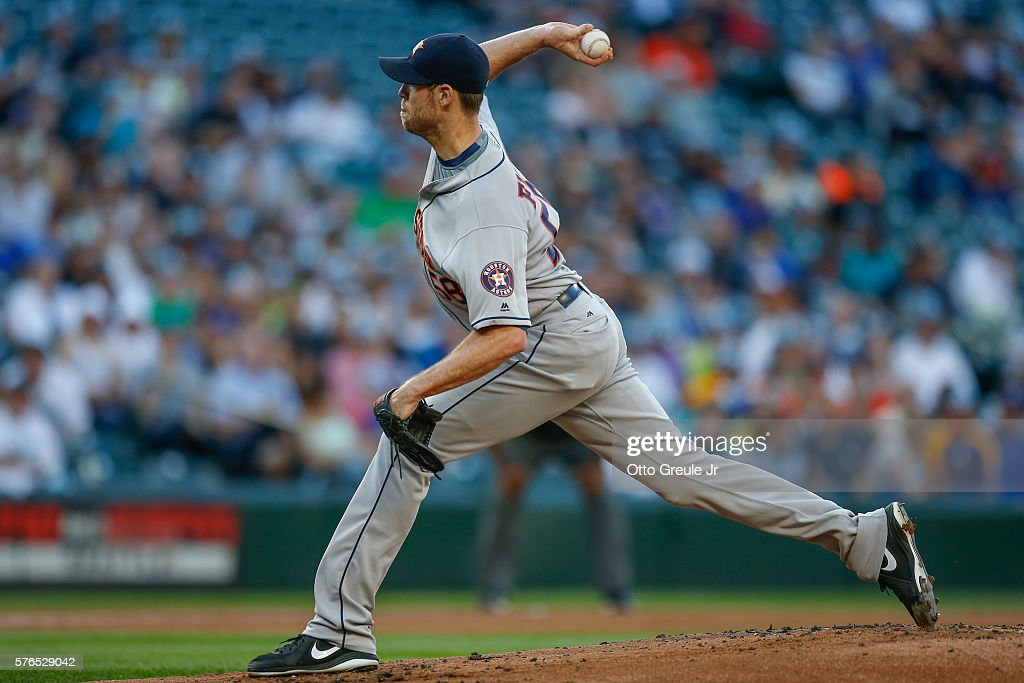 Starting pitcher Doug Fister #58 of the Houston Astros pitches against the Seattle Mariners in the first inning at Safeco Field on July 15, 2016 in Seattle, Washington.