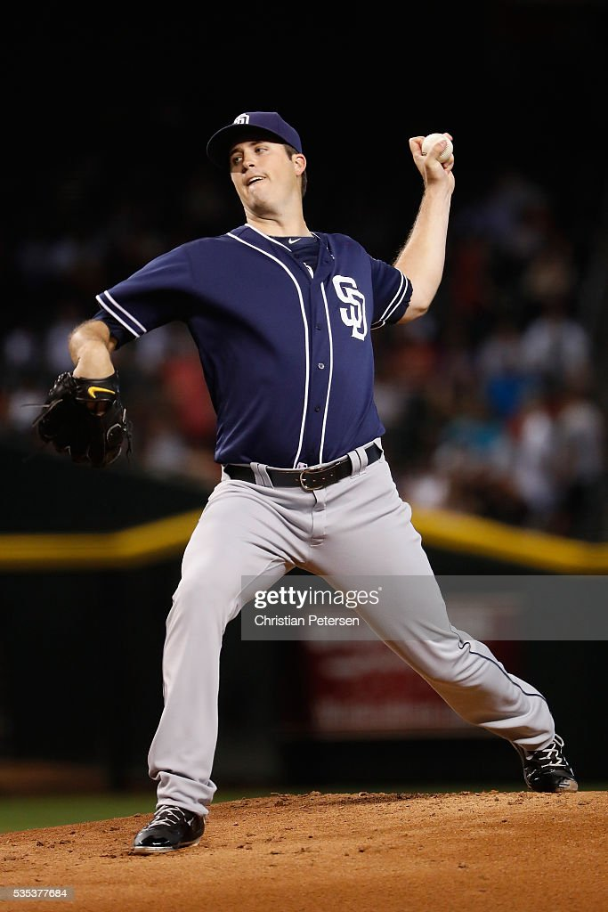 Starting pitcher <a gi-track='captionPersonalityLinkClicked' href=/galleries/search?phrase=Drew+Pomeranz&family=editorial&specificpeople=7513241 ng-click='$event.stopPropagation()'>Drew Pomeranz</a> #13 of the San Diego Padres pitches against the Arizona Diamondbacks during the first inning of the MLB game at Chase Field on May 29, 2016 in Phoenix, Arizona.