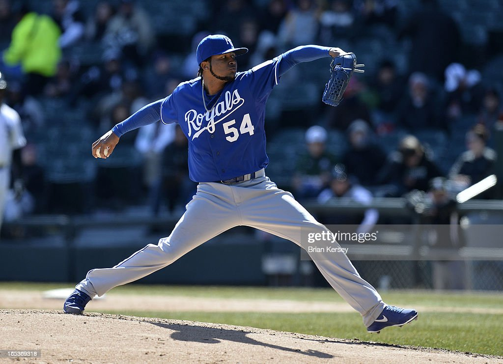 Starting pitcher <a gi-track='captionPersonalityLinkClicked' href=/galleries/search?phrase=Ervin+Santana&family=editorial&specificpeople=243096 ng-click='$event.stopPropagation()'>Ervin Santana</a> #54 of the Kansas City Royals delivers during the sixth inning against the Chicago White Sox on April 3, 2012 at U.S. Cellular Field in Chicago, Illinois.
