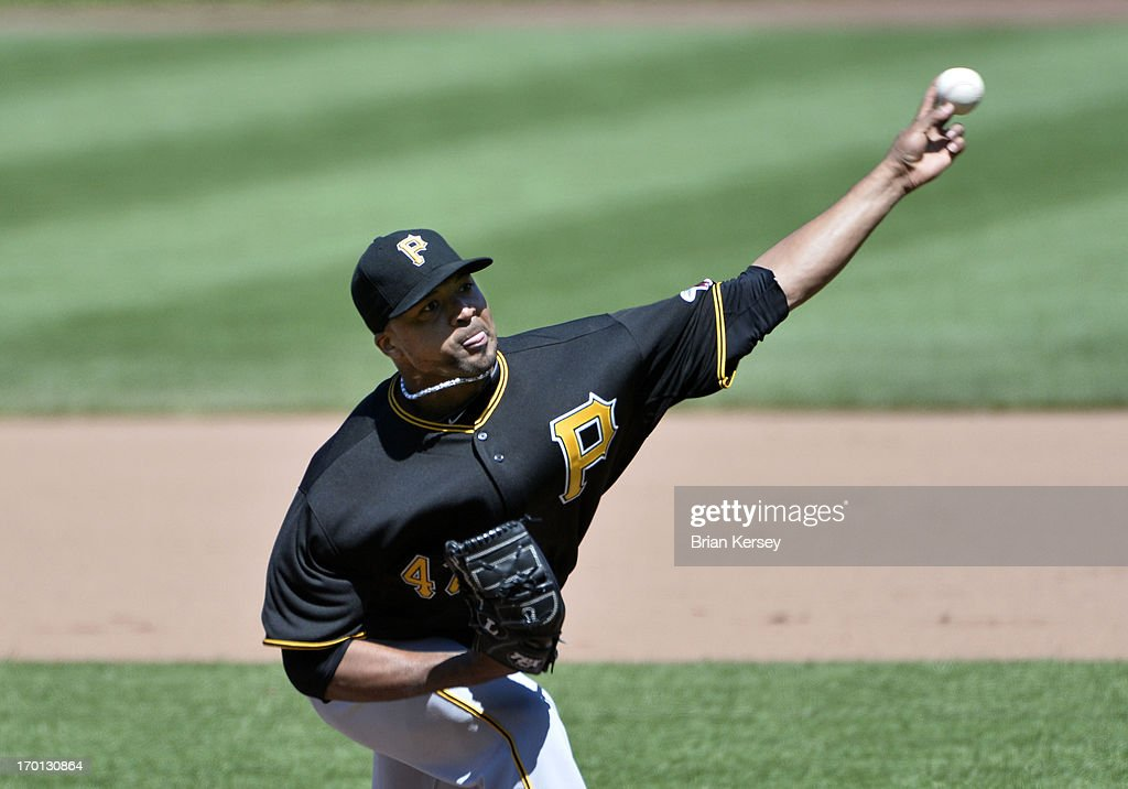 Starting pitcher <a gi-track='captionPersonalityLinkClicked' href=/galleries/search?phrase=Francisco+Liriano&family=editorial&specificpeople=580400 ng-click='$event.stopPropagation()'>Francisco Liriano</a> #47 of the Pittsburgh Pirates delivers during the fifth inning against the Chicago Cubs at Wrigley Field on June 7, 2013 in Chicago, Illinois.