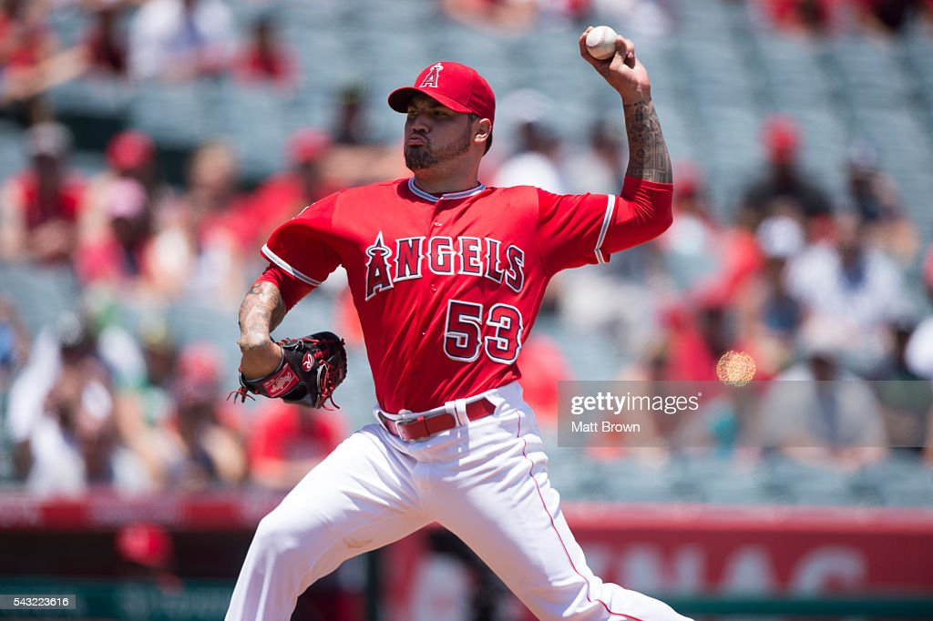 Starting pitcher <a gi-track='captionPersonalityLinkClicked' href=/galleries/search?phrase=Hector+Santiago&family=editorial&specificpeople=3329626 ng-click='$event.stopPropagation()'>Hector Santiago</a> #53 of the Los Angeles Angels of Anaheim pitches during the first inning of the game against the Oakland Athletics at Angel Stadium of Anaheim on June 26, 2016 in Anaheim, California.