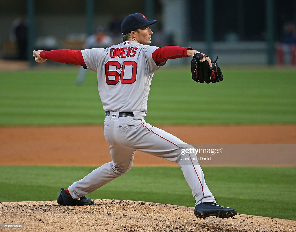 Starting pitcher Henry Owens #60 of the Boston Red Sox delivers the ball against the Chicago White Sox at U.S. Cellular Field on May 5, 2016 in Chicago, Illinois.