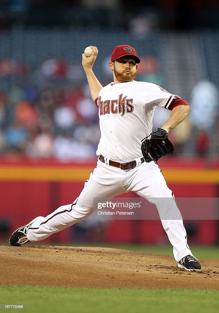 Starting pitcher Ian Kennedy #31 of the Arizona Diamondbacks pitches against the San Francisco Giants during the MLB game at Chase Field on April 29, 2013 in Phoenix, Arizona.