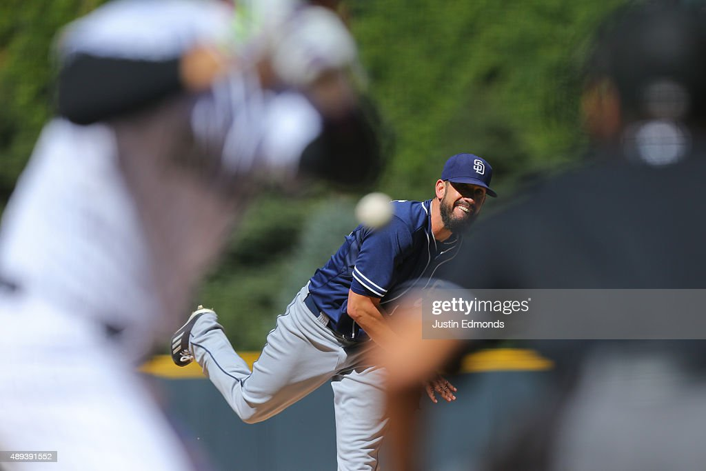 Starting pitcher <a gi-track='captionPersonalityLinkClicked' href=/galleries/search?phrase=James+Shields+-+Jugador+de+b%C3%A9isbol&family=editorial&specificpeople=8138267 ng-click='$event.stopPropagation()'>James Shields</a> #33 of the San Diego Padres delivers to home plate during the first inning against the Colorado Rockies at Coors Field on September 20, 2015 in Denver, Colorado.