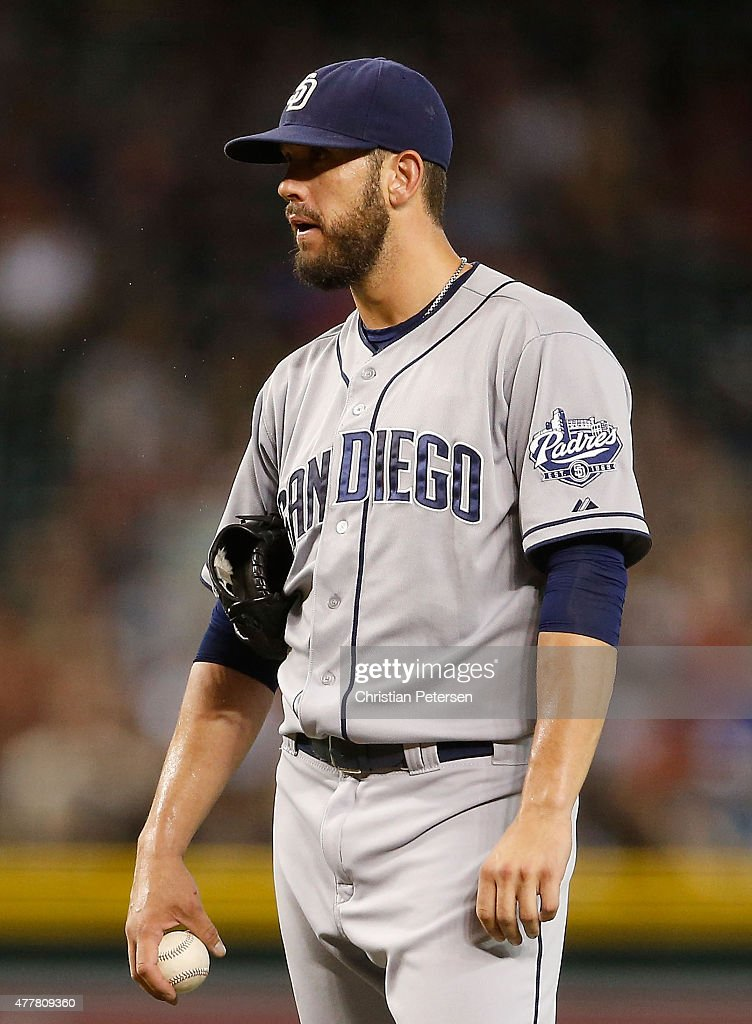 Starting pitcher <a gi-track='captionPersonalityLinkClicked' href=/galleries/search?phrase=James+Shields+-+Jogador+de+basebol&family=editorial&specificpeople=8138267 ng-click='$event.stopPropagation()'>James Shields</a> #33 of the San Diego Padres reacts after hitting Yasmany Tomas (not pictured) of the Arizona Diamondbacks with a pitch during the first inning of the MLB game at Chase Field on June 19, 2015 in Phoenix, Arizona.
