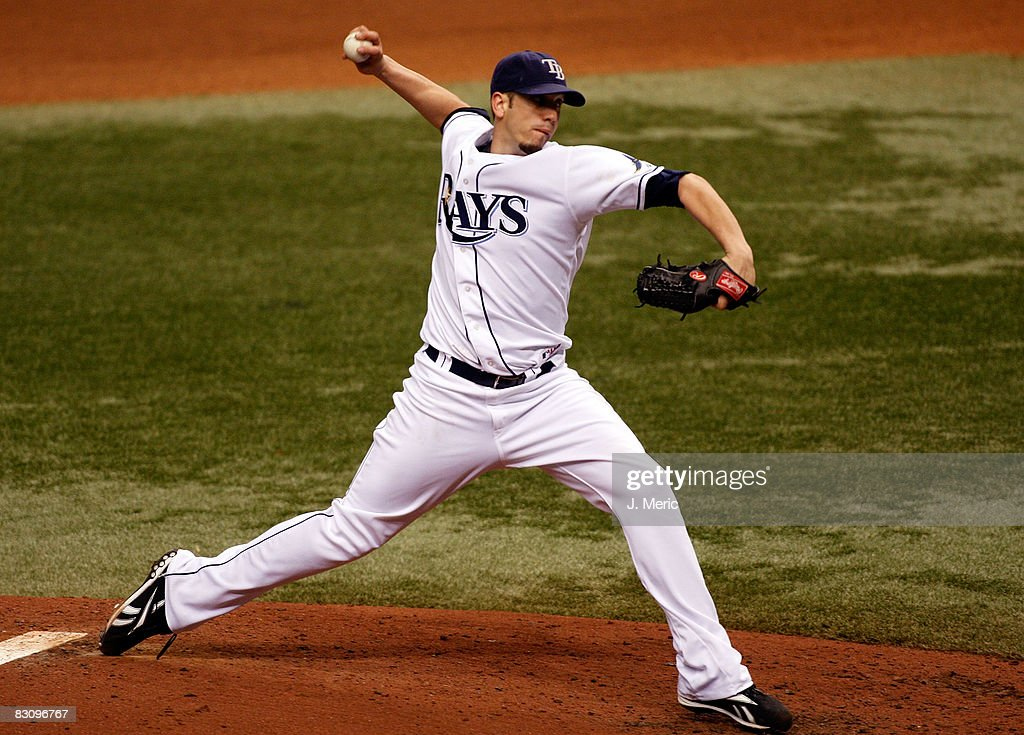 Starting pitcher James Shields #33 of the Tampa Bay Rays pitches against the Chicago White Sox in Game 1 of the American League Divisional Series at Tropicana Field on October 2, 2008 in St. Petersburg, Florida.