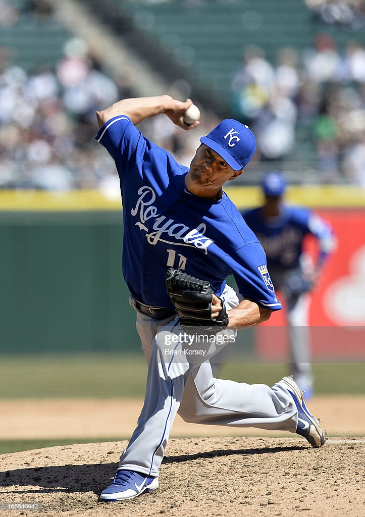 Starting pitcher <a gi-track='captionPersonalityLinkClicked' href=/galleries/search?phrase=Jeremy+Guthrie&family=editorial&specificpeople=650221 ng-click='$event.stopPropagation()'>Jeremy Guthrie</a> #11 of the Kansas City Royals delivers during the fifth inning against the Chicago White Sox on April 4, 2012 at U.S. Cellular Field in Chicago, Illinois.