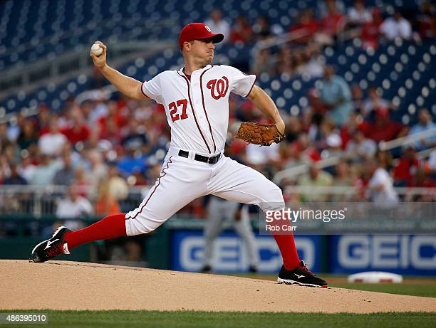 Starting pitcher Jordan Zimmermann of the Washington Nationals throws to an Atlanta Braves batter in the first inning at Nationals Park on September...