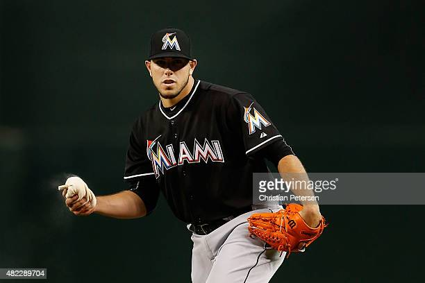 Starting pitcher Jose Fernandez of the Miami Marlins prepares to hrows a pitch during the MLB game against the Arizona Diamondbacks at Chase Field on...