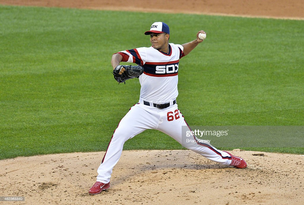 Starting pitcher Jose Quintana #62 of the Chicago White Sox delivers a pitch during the second inning against the Houston Astros at U.S. Cellular Field on July 18, 2014 in Chicago, Illinois.