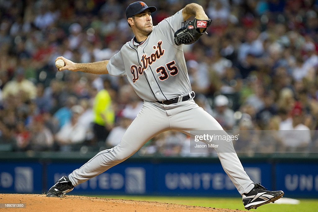 Starting pitcher <a gi-track='captionPersonalityLinkClicked' href=/galleries/search?phrase=Justin+Verlander&family=editorial&specificpeople=556723 ng-click='$event.stopPropagation()'>Justin Verlander</a> #35 of the Detroit Tigers pitches during the fourth inning against the Cleveland Indians at Progressive Field on May 22, 2013 in Cleveland, Ohio.