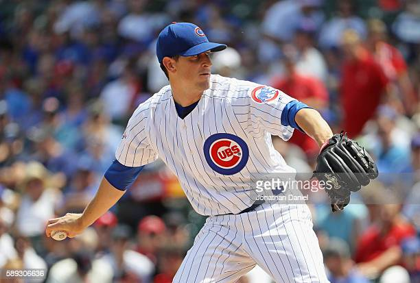 Starting pitcher Kyle Hendricks of the Chicago Cubs delivers the ball against the St Louis Cardinals at Wrigley Field on August 13 2016 in Chicago...