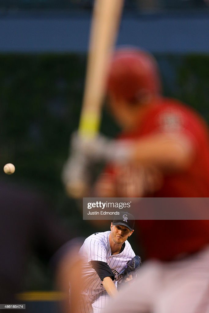 Starting pitcher Kyle Kendrick #38 of the Colorado Rockies delivers to home plate during the first inning against the Arizona Diamondbacks at Coors Field on September 1, 2015 in Denver, Colorado.