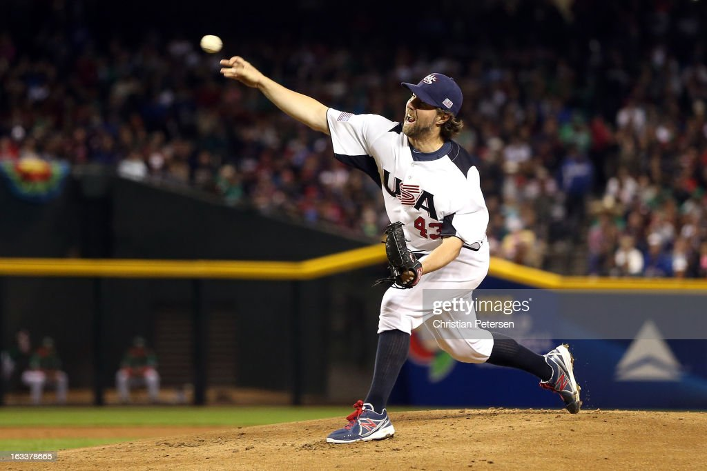 Starting pitcher <a gi-track='captionPersonalityLinkClicked' href=/galleries/search?phrase=R.A.+Dickey&family=editorial&specificpeople=221719 ng-click='$event.stopPropagation()'>R.A. Dickey</a> #34 of the United States throws a pitch against Mexico during the World Baseball Classic First Round Group D game at Chase Field on March 8, 2013 in Phoenix, Arizona.