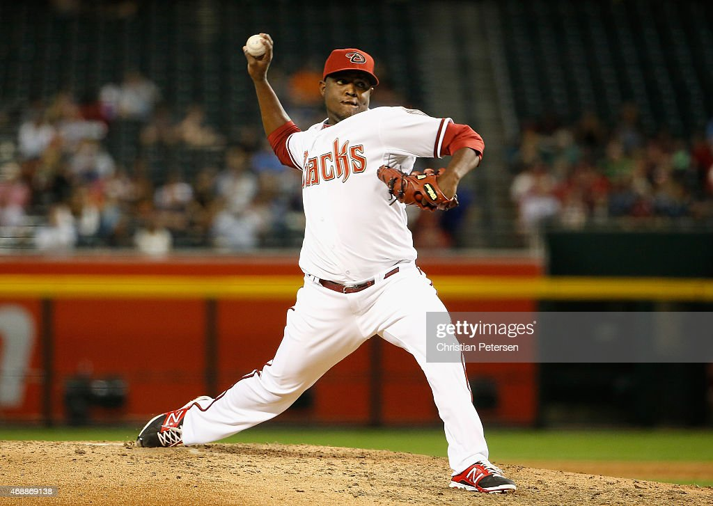Starting pitcher Rubby De La Rosa of the Arizona Diamondbacks pitches against the San Francisco Giants during the MLB game at Chase Field on April 7...