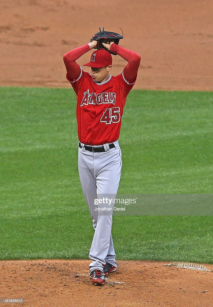 Starting pitcher Tyler Skaggs #45 of the Los Angeles Angels of Anaheim delivers the ball against the Chicago White Sox at U.S. Cellular Field on July 2, 2014 in Chicago, Illinois.