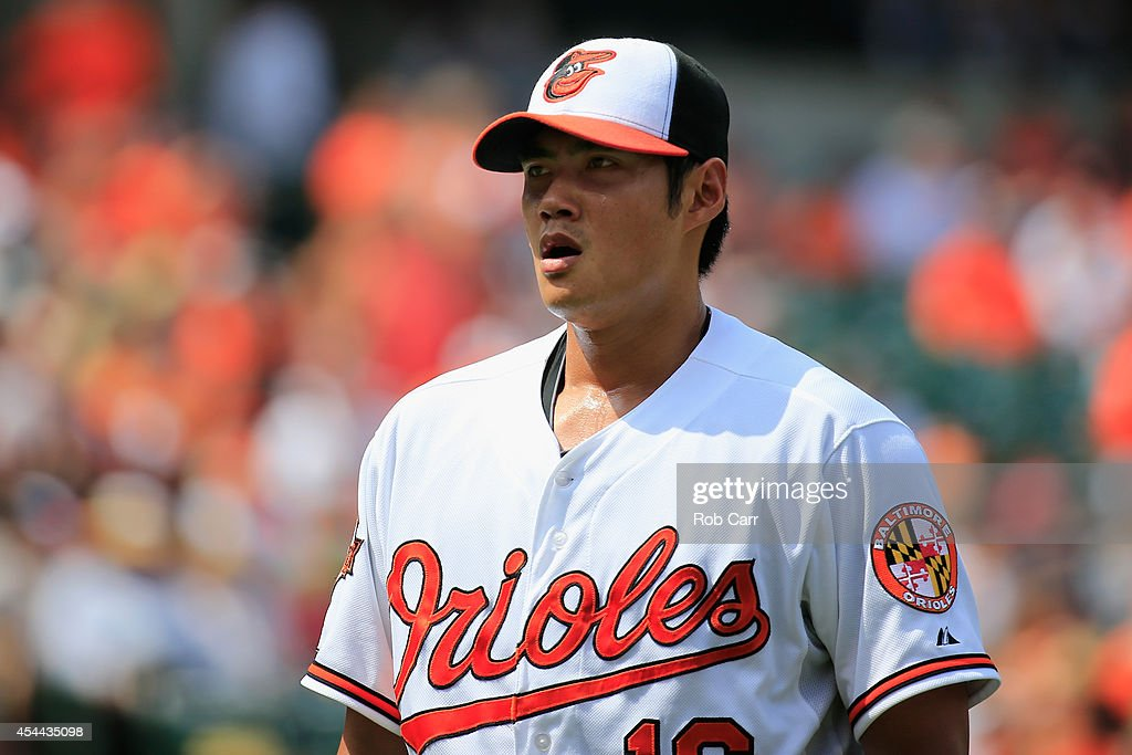 Starting pitcher <a gi-track='captionPersonalityLinkClicked' href=/galleries/search?phrase=Wei-Yin+Chen&family=editorial&specificpeople=8958243 ng-click='$event.stopPropagation()'>Wei-Yin Chen</a> #16 of the Baltimore Orioles walks off the mound during the third inning against the Minnesota Twins at Oriole Park at Camden Yards on August 31, 2014 in Baltimore, Maryland.
