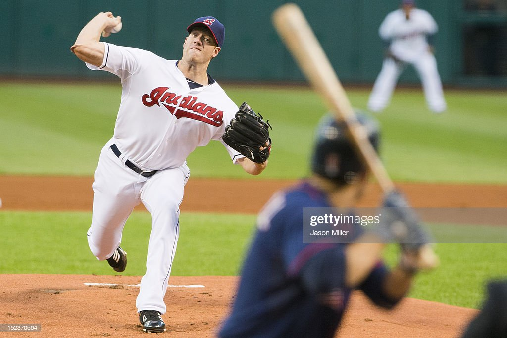 Starting pitcher <a gi-track='captionPersonalityLinkClicked' href=/galleries/search?phrase=Zach+McAllister&family=editorial&specificpeople=6816291 ng-click='$event.stopPropagation()'>Zach McAllister</a> #34 of the Cleveland Indians pitches to <a gi-track='captionPersonalityLinkClicked' href=/galleries/search?phrase=Jamey+Carroll+-+Baseball+Player&family=editorial&specificpeople=211176 ng-click='$event.stopPropagation()'>Jamey Carroll</a> #8 of the Minnesota Twins during the first inning at Progressive Field on September 19, 2012 in Cleveland, Ohio.