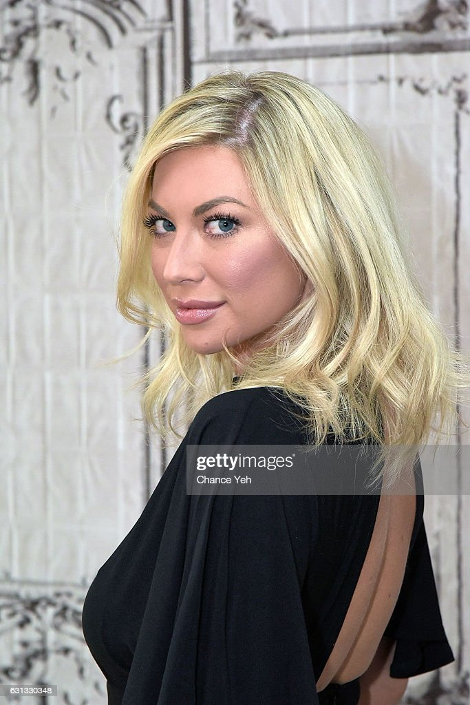 Stassi Schroeder attends the Build Series to discuss 'Straight Up with Stassi' at AOL HQ on January 9, 2017 in New York City.