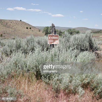 State line sign, Wyoming, America, USA