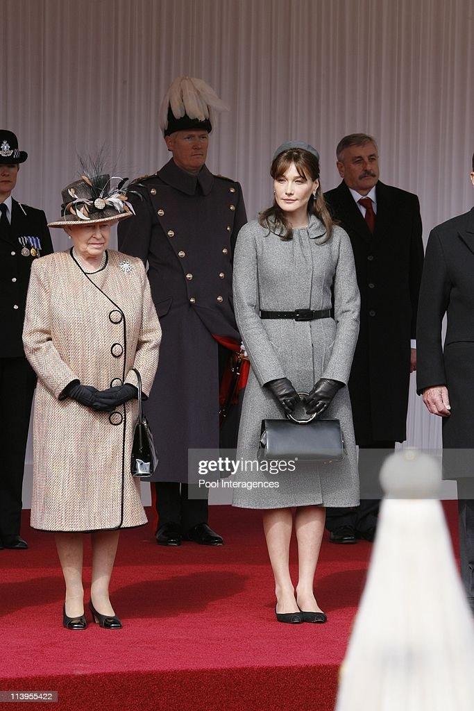 State visit of Nicolas Sarkozy in Windsor, United Kingdom on March 26, 2008-Queen Elizabeth and Carla Sarkozy.