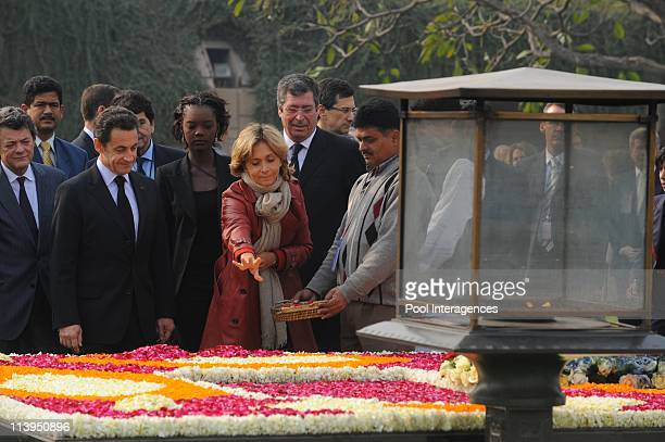 State visit of the president Nicolas Sarkozy In New Delhi India On January 25 2008French President Nicolas Sarkozy inspects a guard of honor during a...