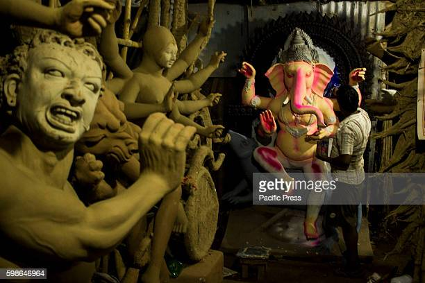 Statue artist sculpting Eco friendly idols of Lord Ganesha and Goddess Durga as the Ganesh Chaturthi and Navratri is all set to arrive on September 5...