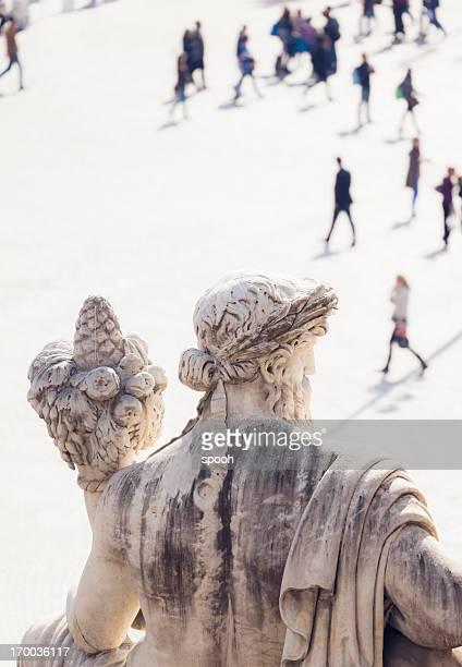 Statua di Roma