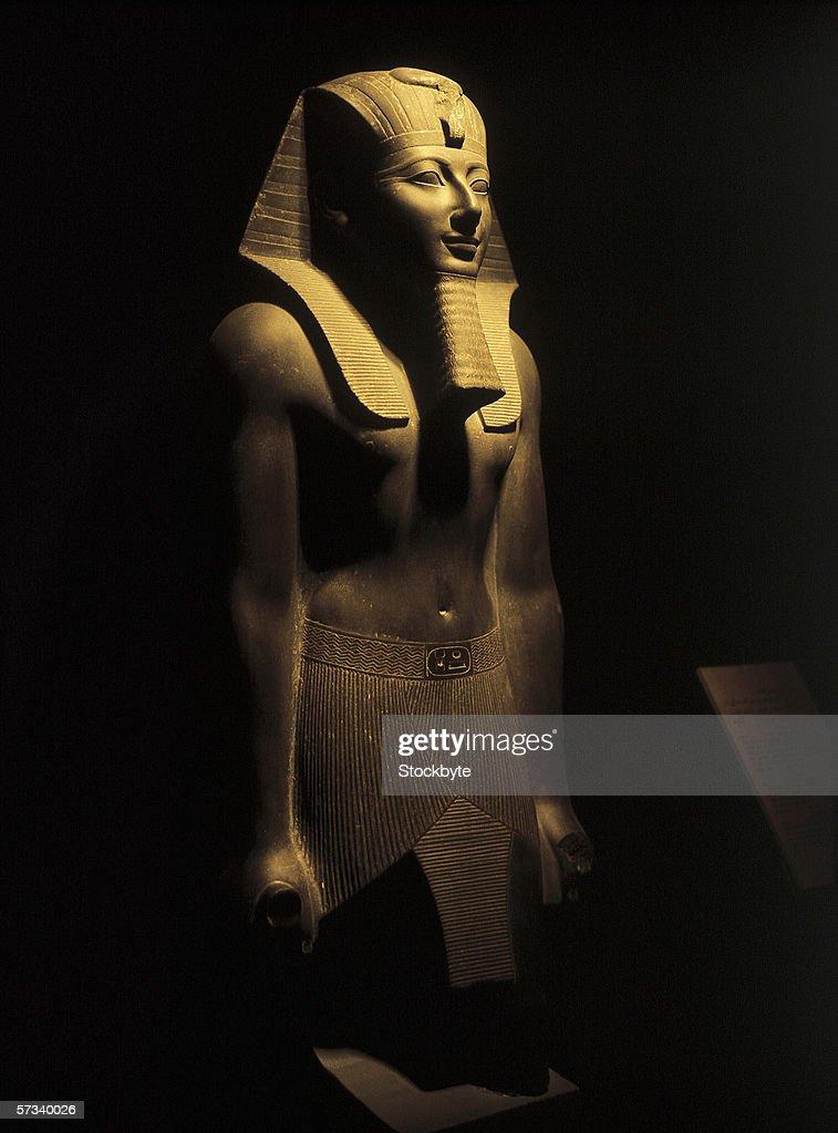statue of an Egyptian pharaoh (toned)