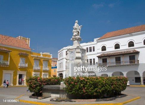 Statue of Christopher Columbus, Plaza Del La Aduana, Cartagena, Colombia : Stock Photo