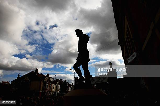 A statue of Fulham football legend Johnny Haynes is unveiled ahead of the Barclays Premier League match between Fulham and Sunderland at Craven...