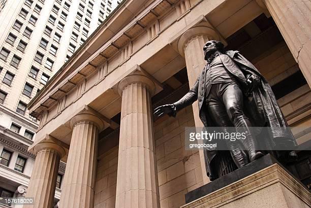 Statue von George Washington außerhalb Federal Hall in New York