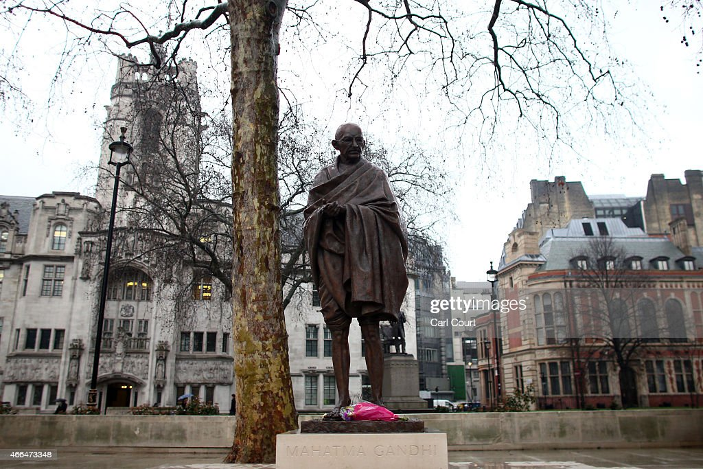 A Statue Of Mahatma Gandhi Is Unveiled In Parliament ...