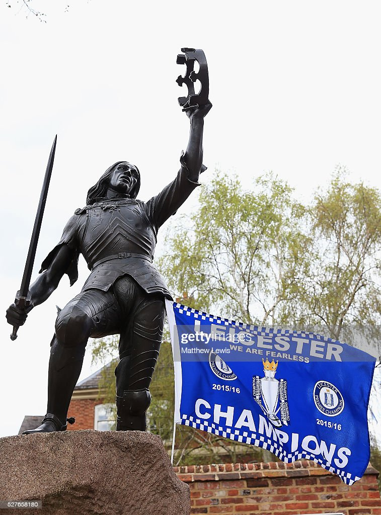 A statue of King Richard III is seen with a Leicester City FC flag, as Leicester reacts to Leicester City's Premier League Title Success on May 03, 2016 in Leicester, England.