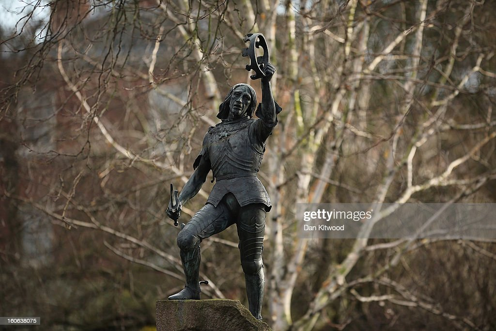 A statue of King Richard III stands in Castle Gardens near Leicester Catherdral, close to where the body of Richard III was discovered, on February 4, 2013 in Leicester, England. The University of Leicester has been carrying out scientific investigations on remains found in a car park to find out whether they are those of King Richard III since last September, when the skeleton was discovered in the foundations of Greyfriars Church, Leicester. King's Richard III's remains are to be re-interred at Leicester Catherdral.