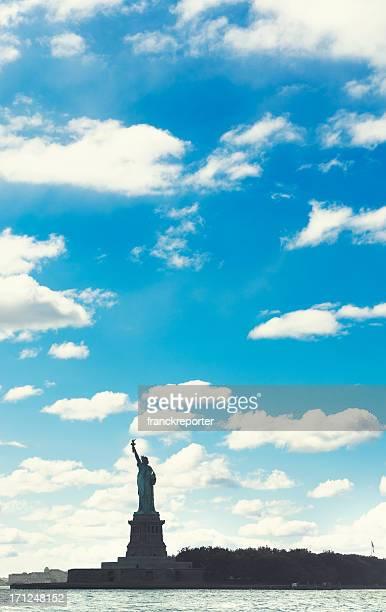 Estatua de la libertad Silhouetted-ciudad de Nueva York