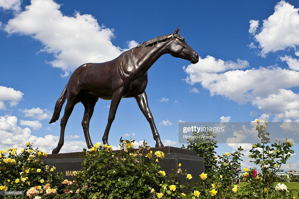 Statue of Makybe Diva at Flemington Race Course. : Stock Photo